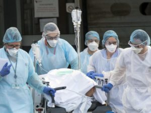 Nel mondo mancano sei milioni di infermieri. Le dieci proposte delle Nazioni Unite.