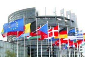 Tirocini in infermieristica: per il parlamento europea vanno retribuiti.
